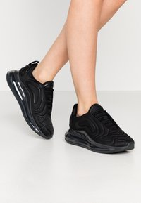 Nike Sportswear - AIR MAX 720 - Zapatillas - black/anthracite - 0