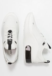 Nike Sportswear - AIR MAX DIA - Tenisky - summit white/black - 5