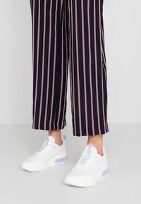 Nike Sportswear - AIR MAX DIA - Sneakers laag - summit white/oxygen purple - 0