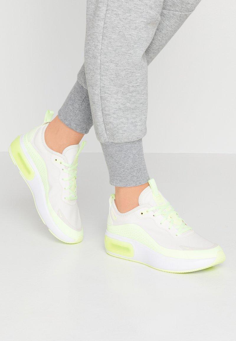 Nike Sportswear - AIR MAX DIA - Sneaker low - phantom/barely volt/white