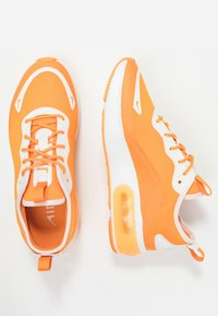 Nike Sportswear - AIR MAX DIA - Sneakers laag - orange peel/summit white - 5