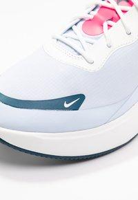 Nike Sportswear - AIR MAX DIA - Baskets basses - half blue/summit white/blue force/hyper pink - 2