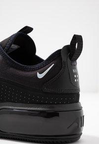 Nike Sportswear - AIR MAX DIA - Joggesko - black/metallic platinum - 2