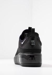 Nike Sportswear - AIR MAX DIA - Joggesko - black/metallic platinum - 5