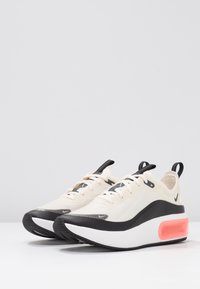 Nike Sportswear - AIR MAX DIA SE - Trainers - pale ivory/black/summit white - 4