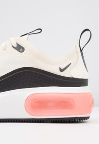 Nike Sportswear - AIR MAX DIA SE - Trainers - pale ivory/black/summit white - 2