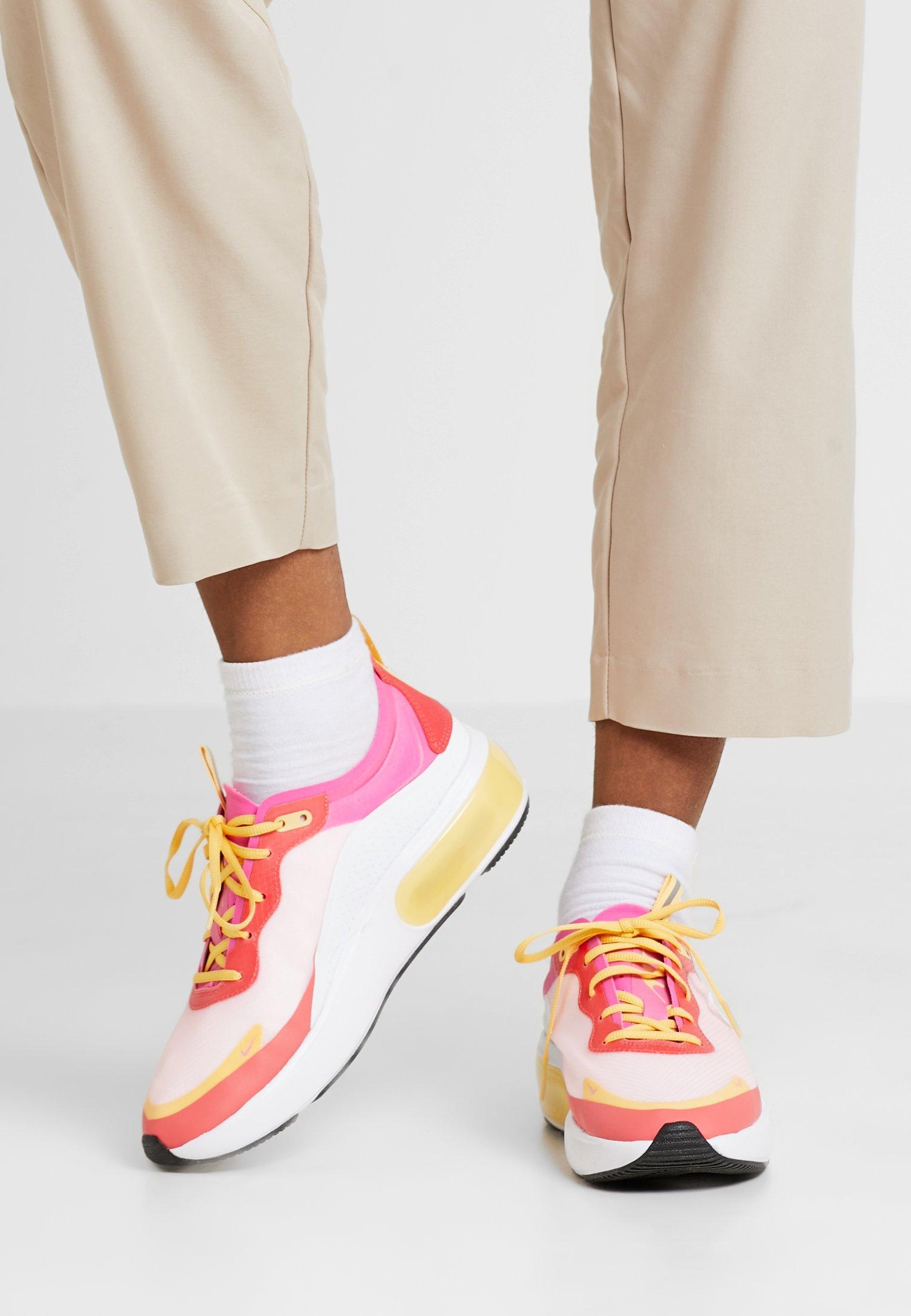 AIR MAX DIA SE Sneaker low whitelaser fuchsiaember glowtopaz goldhyper pinkblack