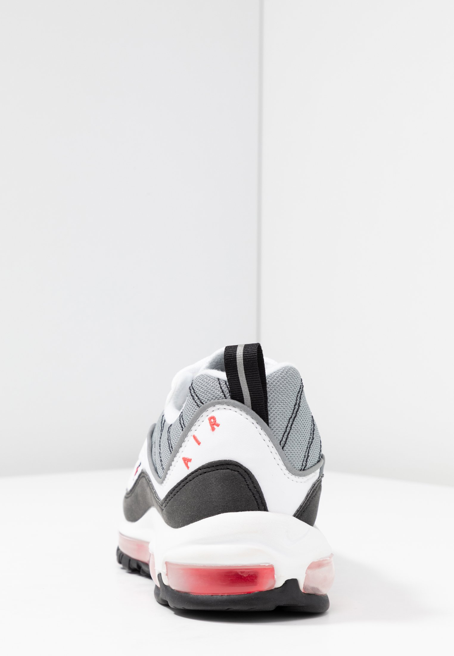 Nike Sportswear Trainers - white/solar red/silver/black