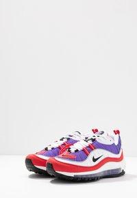 Nike Sportswear - AIR MAX 98 - Matalavartiset tennarit - psychic purple/black/university red/white - 4