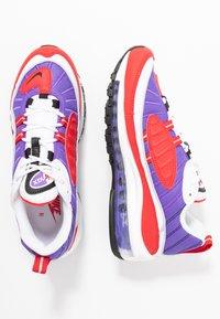 Nike Sportswear - AIR MAX 98 - Matalavartiset tennarit - psychic purple/black/university red/white - 3