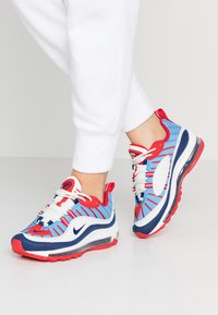 Nike Sportswear - AIR MAX 98 - Baskets basses - summit white/blue void/university red/reflect silver/university blue - 0