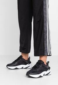 Nike Sportswear - M2K TEKNO - Sneakers - black/oil grey/white - 0
