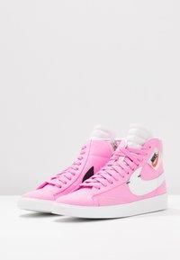 Nike Sportswear - BLAZER MID REBEL - Baskets montantes - psychic pink/summit white/pale pink/mystic green - 4