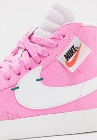 Nike Sportswear - BLAZER MID REBEL - Baskets montantes - psychic pink/summit white/pale pink/mystic green - 2