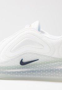 Nike Sportswear - AIR MAX 720 - Trainers - white/midnight navy/metallic red bronze/pure platinum - 3
