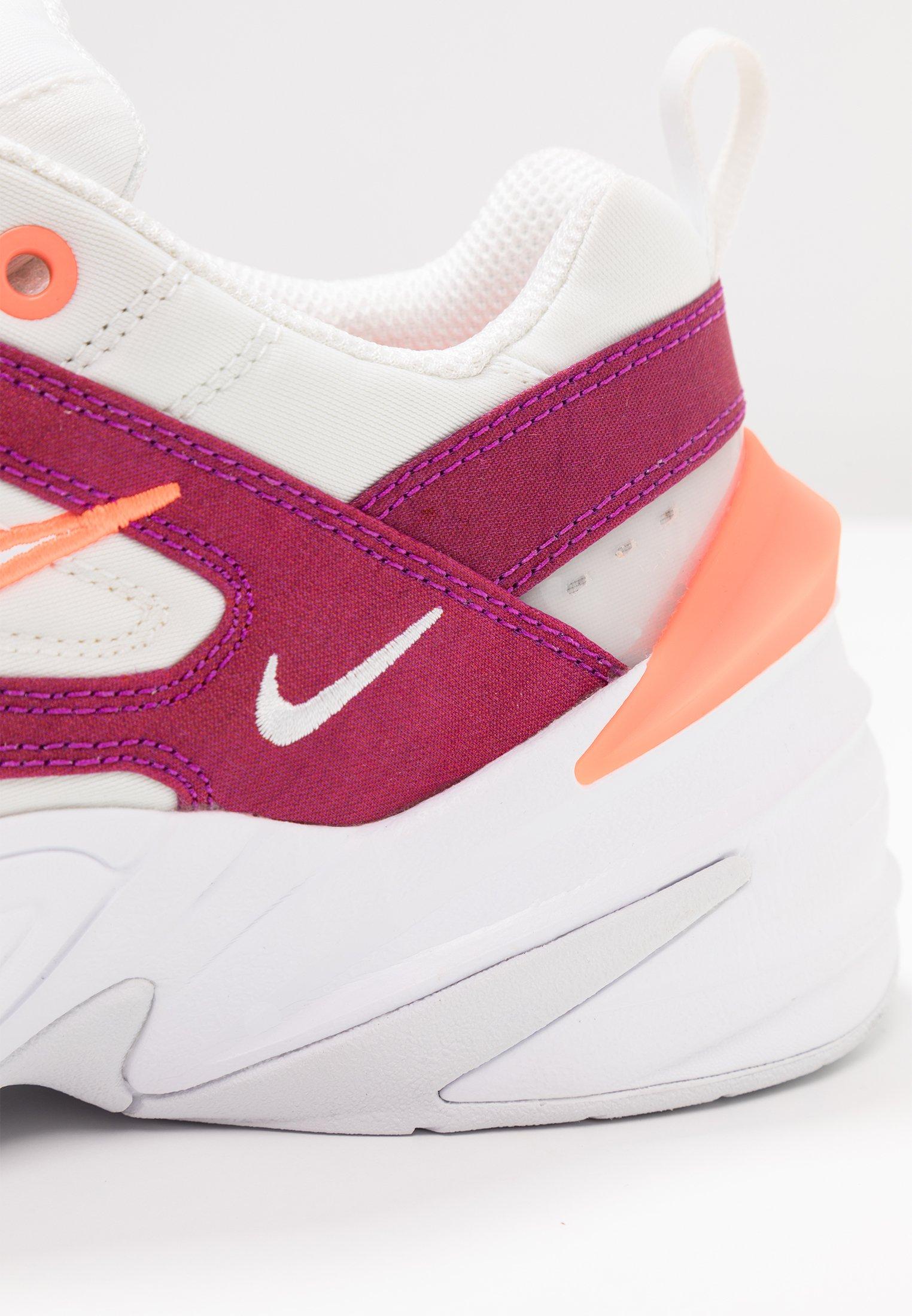 Crimson white SeBaskets Basses Hyper M2k Tekno Nike Sportswear sCrthQdx