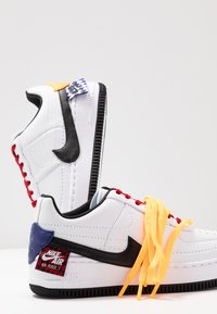 Nike Sportswear - AF1 JESTER XX - Sneaker low - white/black/laser orange - 7