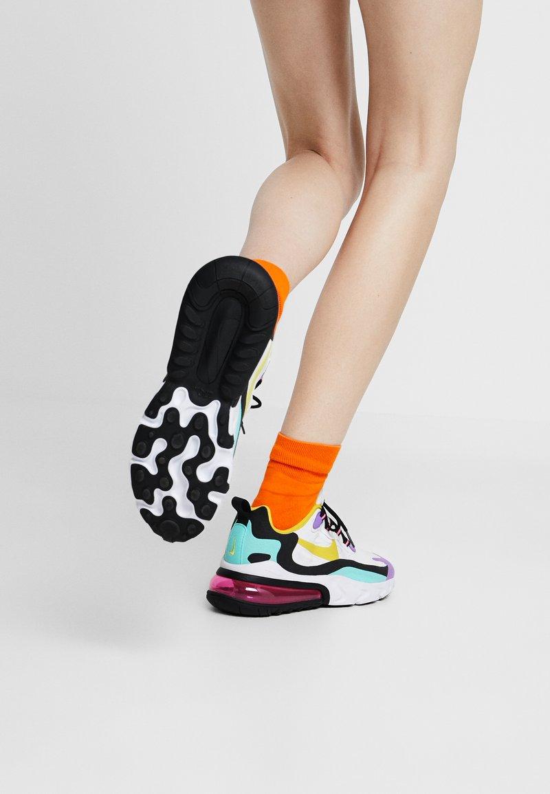 Nike Sportswear - AIR MAX 270 REACT - Sneakers laag - white/dynamic yellow/black/bright violet/aurora green/pink blast