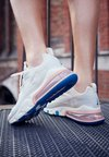 Nike Sportswear - AIR MAX 270 REACT - Sneakers basse - summit white/ghost aqua/phantom/coral stardust/imperial blue/light bone
