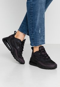 Nike Sportswear - AIR MAX 270 REACT - Sneakers - black/grey/white - 0