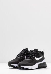Nike Sportswear - AIR MAX 270 REACT - Joggesko - black/white - 4