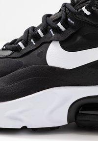 Nike Sportswear - AIR MAX 270 REACT - Joggesko - black/white - 2