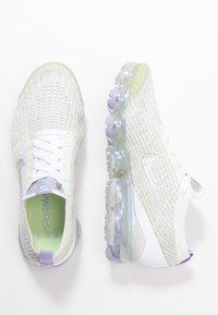 Nike Sportswear - AIR VAPORMAX FLYKNIT - Trainers - true white/barely volt/purple agate/metallic silver - 3