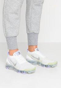 Nike Sportswear - AIR VAPORMAX FLYKNIT - Trainers - true white/barely volt/purple agate/metallic silver - 0