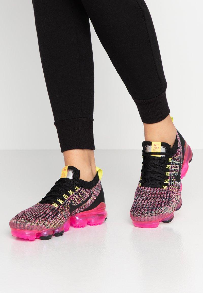 Nike Sportswear - AIR VAPORMAX FLYKNIT - Sneaker low - black/pink blast/hyper turqoise/sonic yellow/metallic silver
