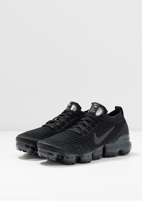 Nike Sportswear - AIR VAPORMAX FLYKNIT - Sneaker low - black/anthracite/white/metallic silver - 4