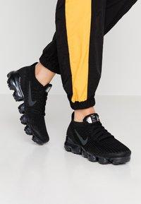Nike Sportswear - AIR VAPORMAX FLYKNIT - Trainers - black/anthracite/white/metallic silver - 0