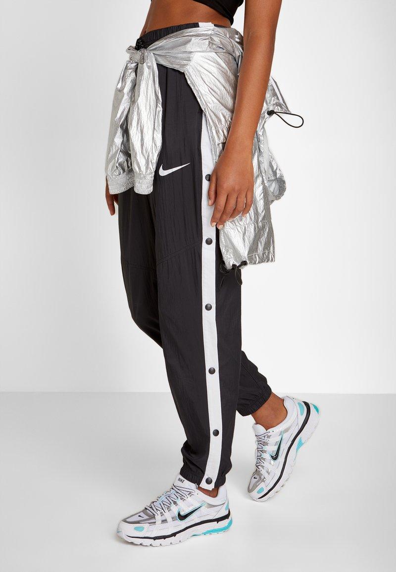 Nike Sportswear - P-6000 - Sneakers - white/black/metallic silver/light aqua