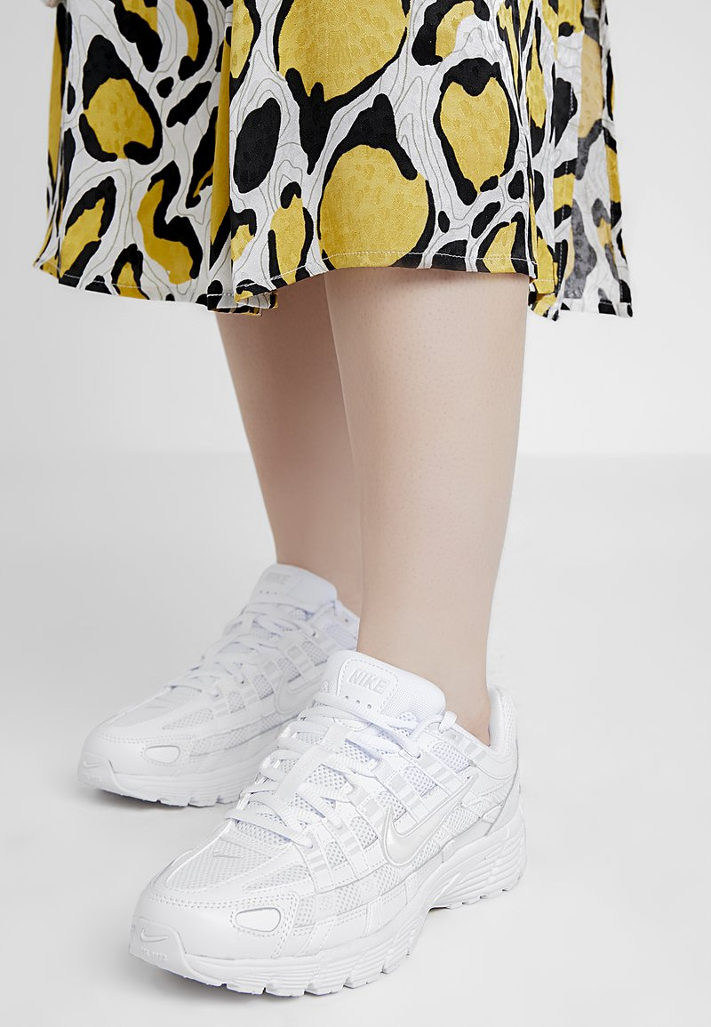 Nike Sportswear - P-6000 - Sneaker low - white/platinum tint