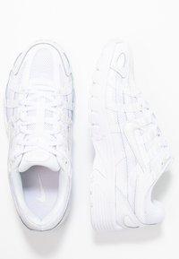 Nike Sportswear - P-6000 - Sneakersy niskie - white/platinum tint - 5
