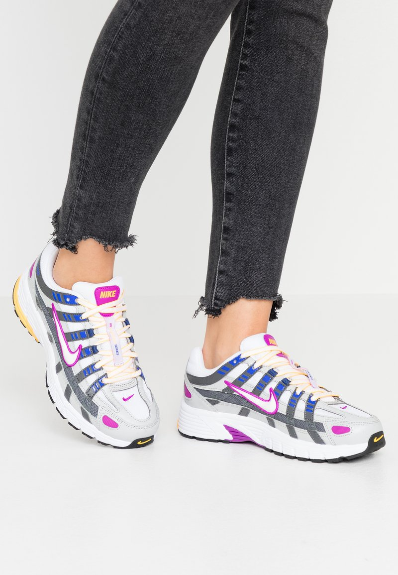 Nike Sportswear - P-6000 - Sneakers - grey fog/white/iron grey
