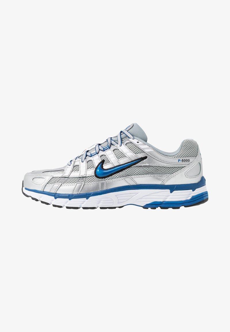 Nike Sportswear - P-6000 - Sneakers laag - metallic silver/white/black/team royal