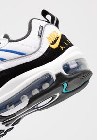 Nike Sportswear - AIR MAX 98 PRM - Tenisky - white/university gold/black/game royal - 2
