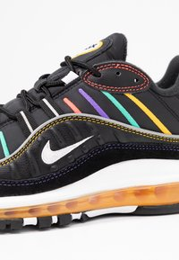 Nike Sportswear - AIR MAX 98 PRM - Tenisky - black/flash crimson/kinetic green/psychic purple/universe gold/white - 2