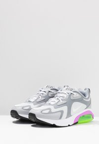 Nike Sportswear - AIR MAX 200 - Sneakers basse - pure platinum/white/cool grey/wolf grey/atomic purple/electric green - 4
