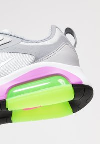 Nike Sportswear - AIR MAX 200 - Sneakers basse - pure platinum/white/cool grey/wolf grey/atomic purple/electric green - 2
