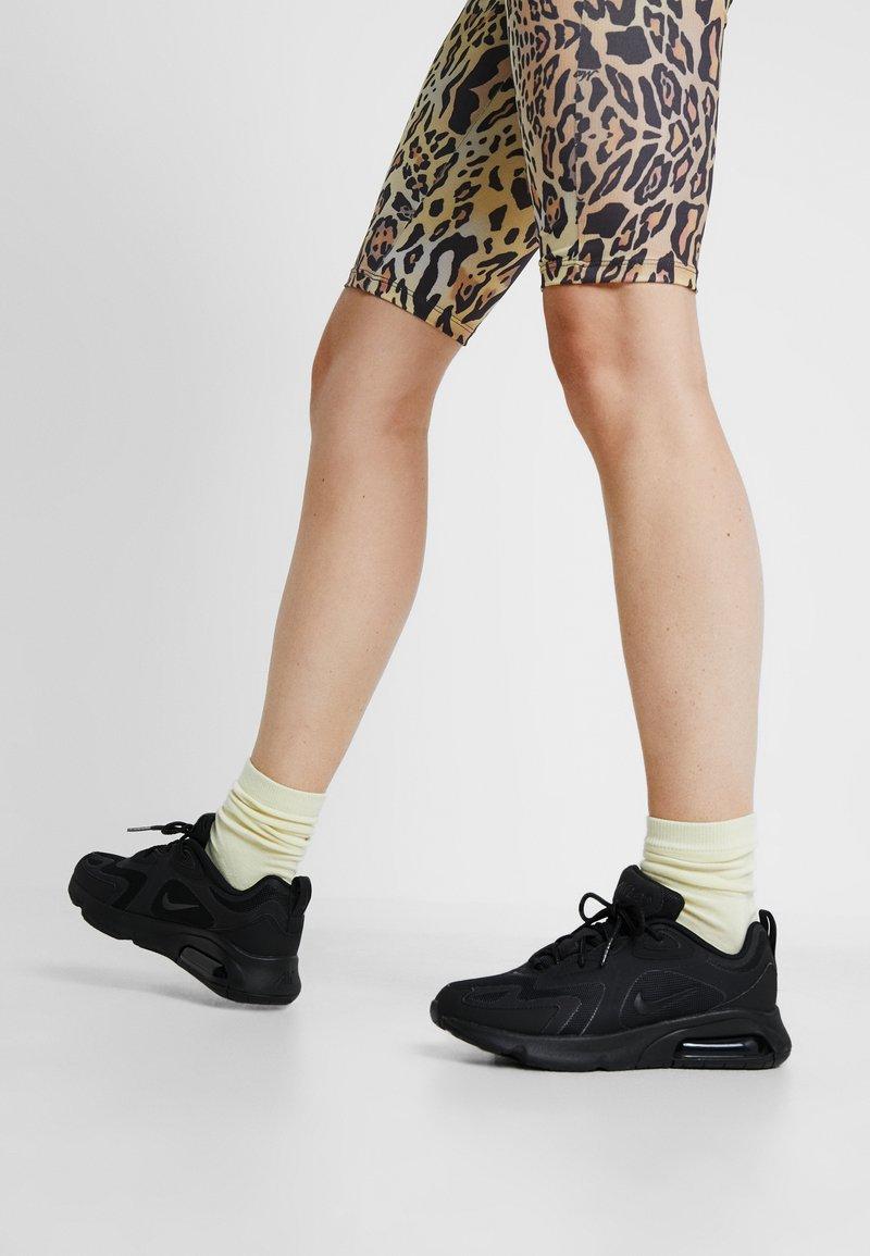 Nike Sportswear - AIR MAX 200 - Sneakers laag - black