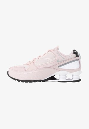 SHOX ENIGMA 9000 - Matalavartiset tennarit - barely rose/reflect silver/black