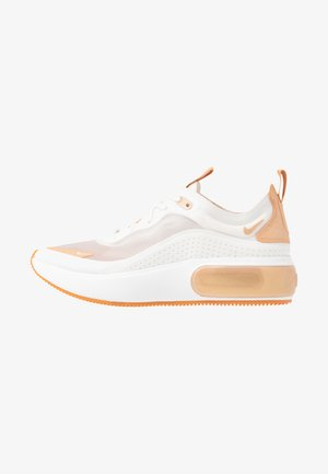 AIR MAX DIA LX - Sneaker low - summit white/copper moon