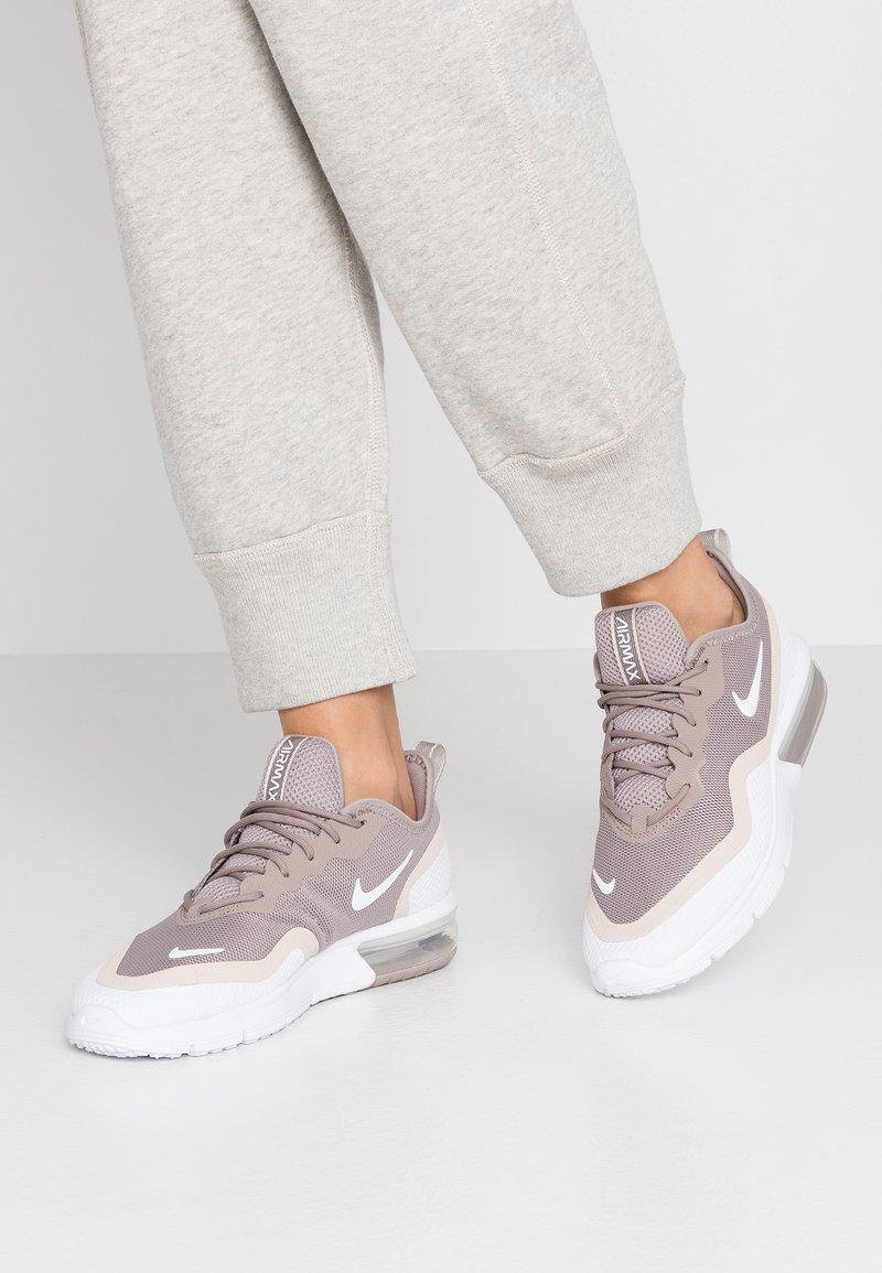 Nike Sportswear - AIR MAX SEQUENT 4.5 - Trainers - pumice/white/desert sand