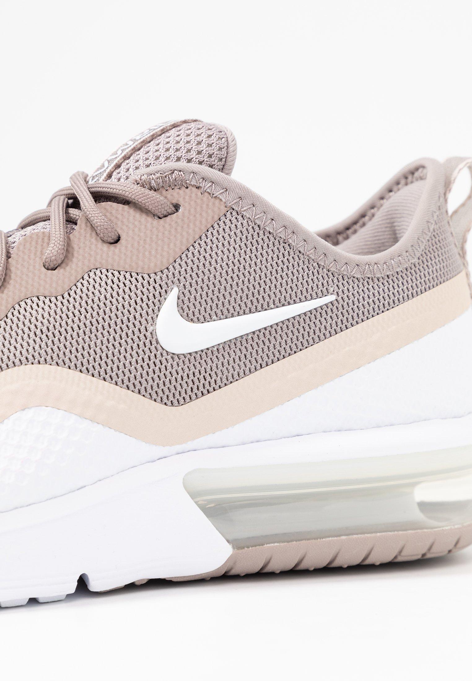 AIR MAX SEQUENT 4.5 Sneakers laag pumicewhitedesert sand