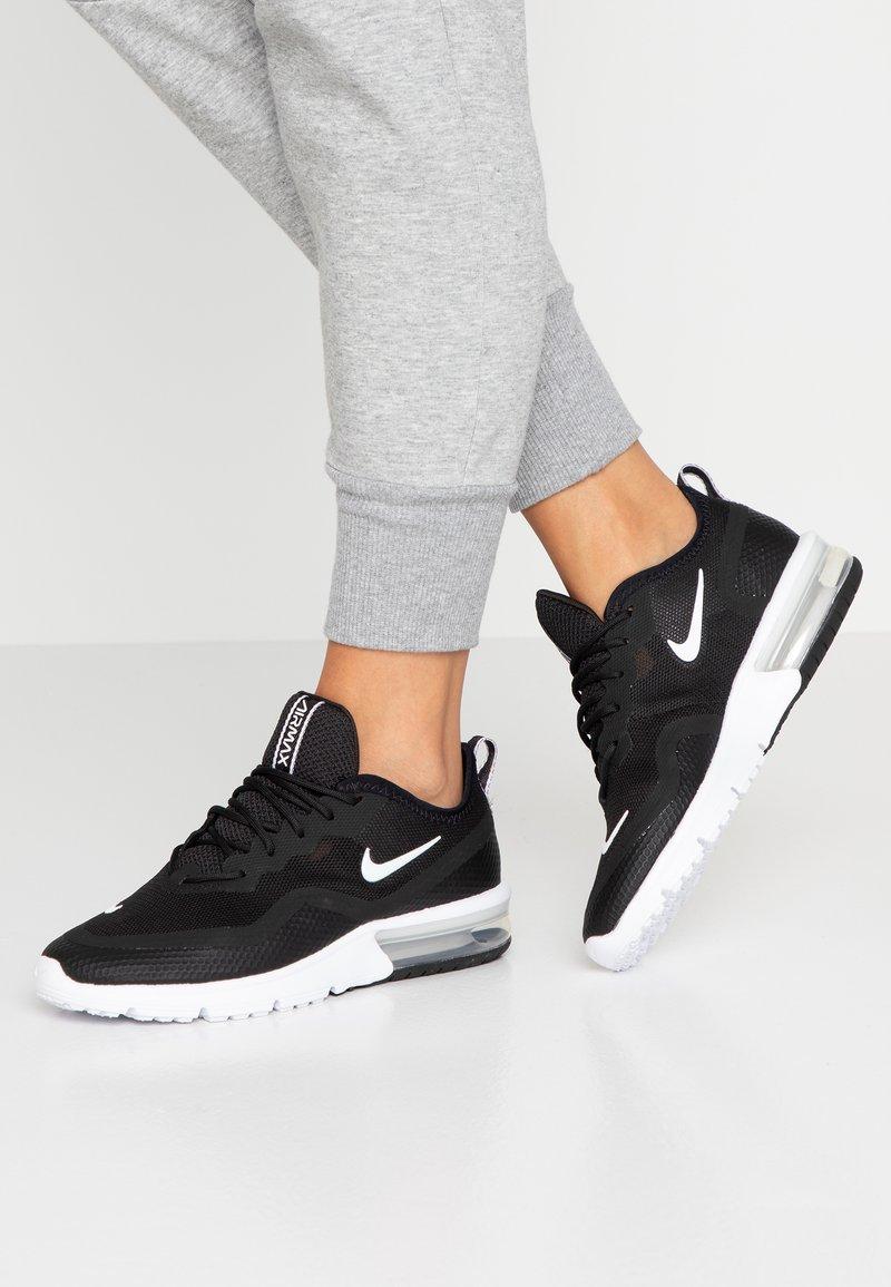 Nike Sportswear - AIR MAX SEQUENT 4.5 - Tenisky - black/white