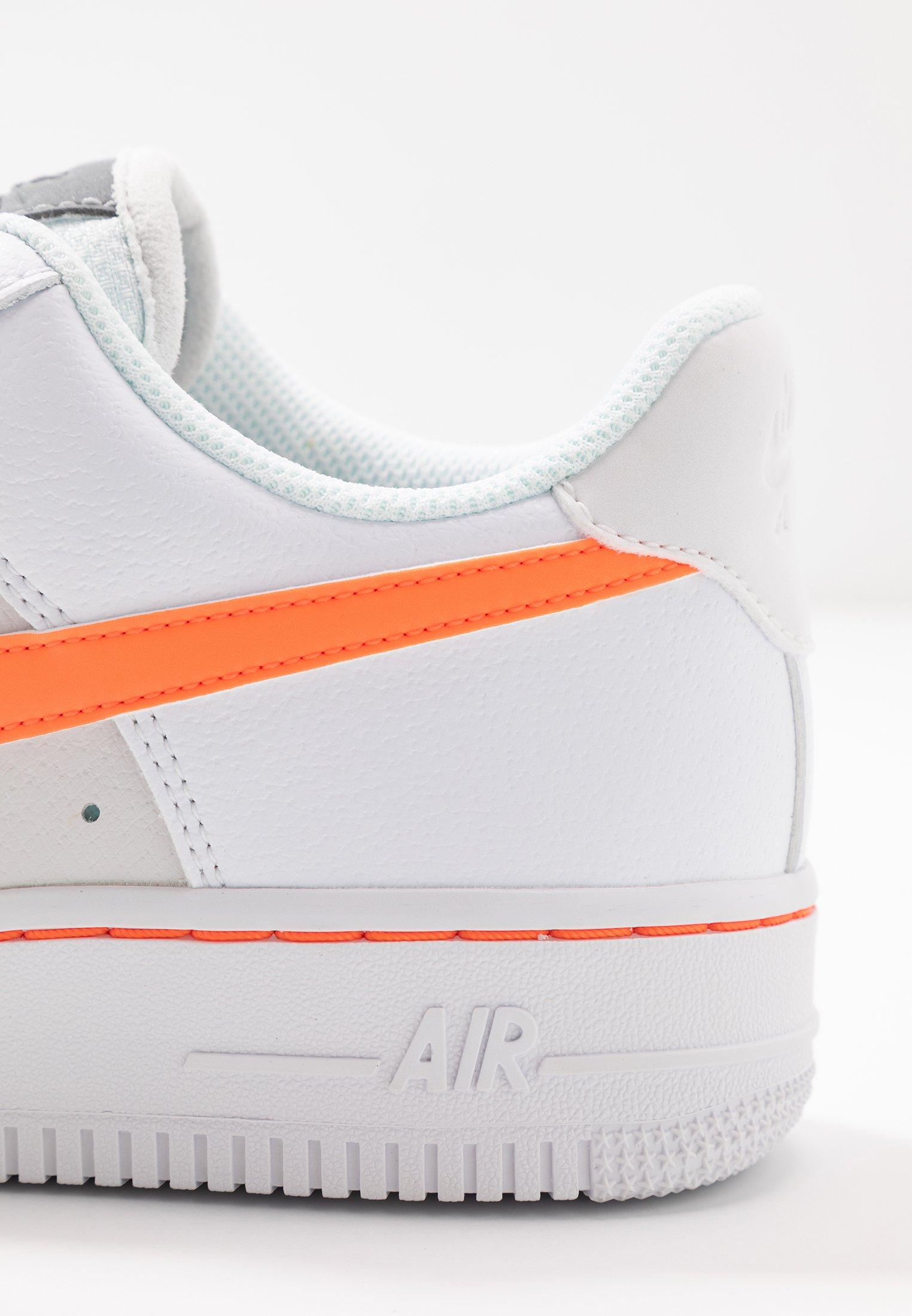 Nike Air Force 1 07 Trainers White Total Orange Platinum