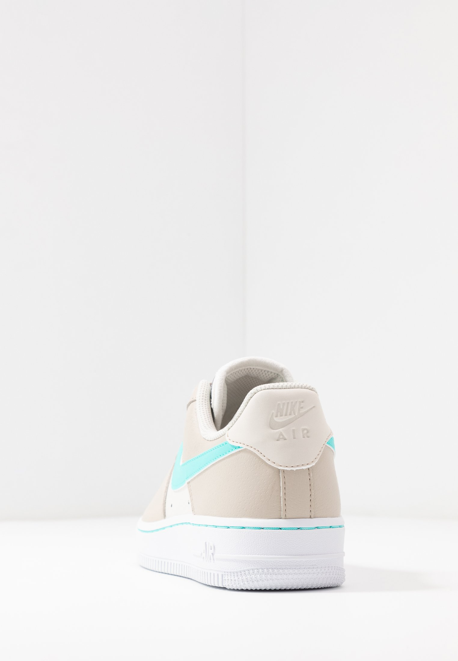 Nike Air Force 1 Low DESERT SANDAURORA GREEN PHANTOM