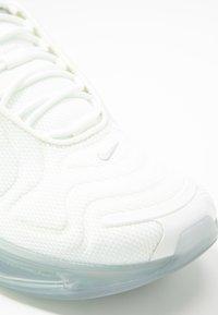 Nike Sportswear - AIR MAX 720 - Sneaker low - summit white/metallic silver - 2