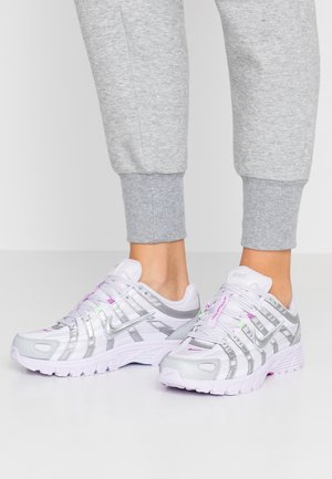 P-6000 - Sneaker low - barely grape/metallic silver/hyper violet/electric green